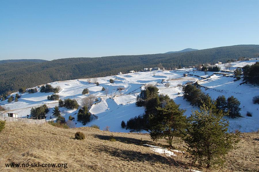 пролет срещу зима село Чурен