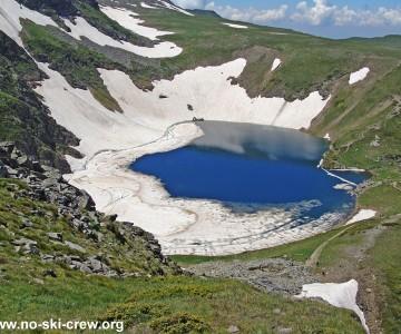 За снега на рилските езера през лятото!