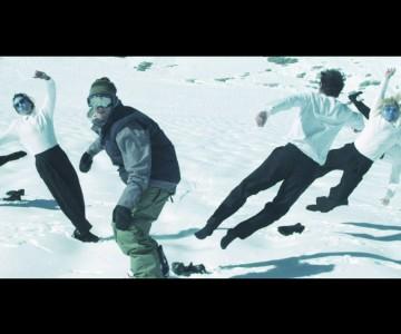 Хаха, на това се казва реклама за сноуборд обувки!